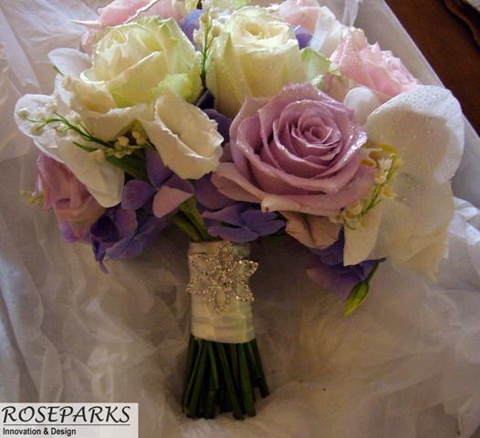 Ninon's Bridal Hand Tie