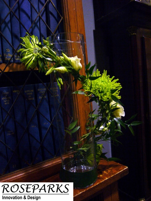 Poseut/Fireplace Flowers