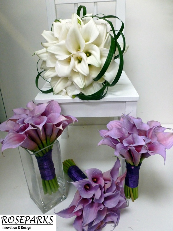 Bride's and bridesmaids hand ties