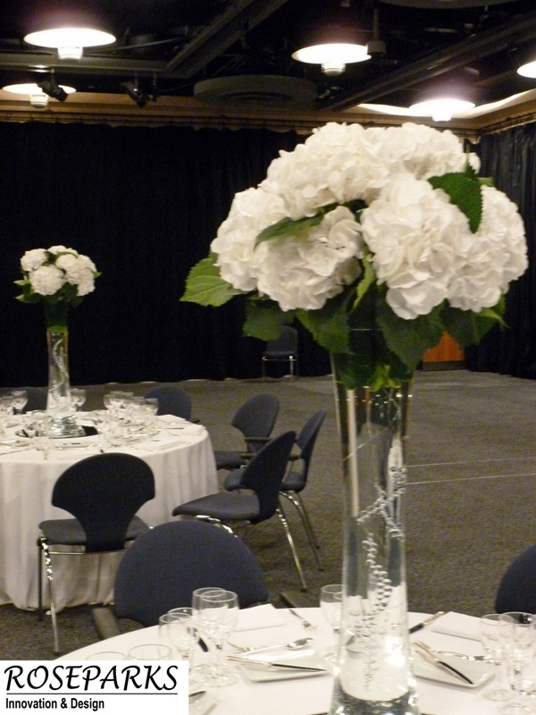 Tall vase - white hydrangea