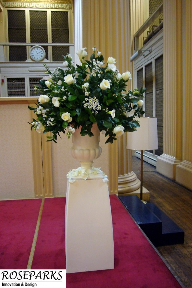 Ceremony - Pedestal