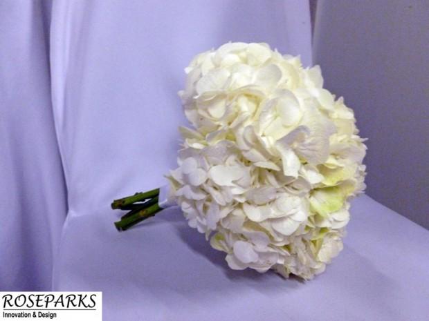 Caroline's-Bridal-Hand-Tie