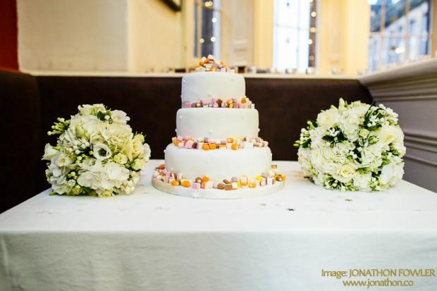 Bridal-HandTies-Cake