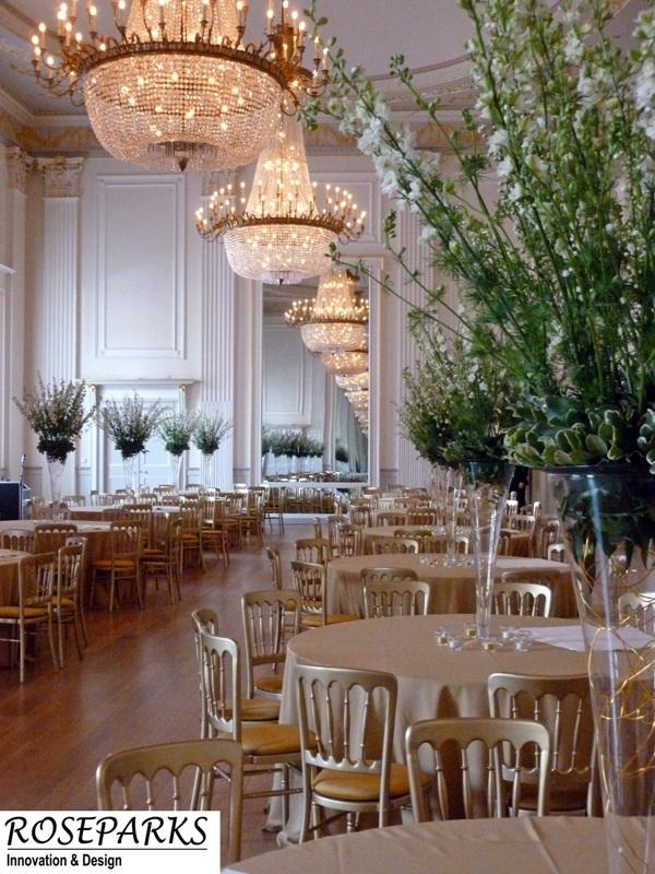 Delphinium-and-Blosson-tablecentres