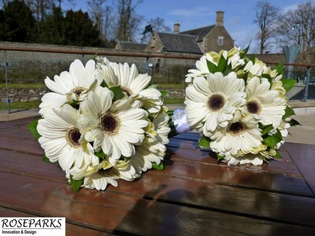 Roseparks - Bridal Hand Tie