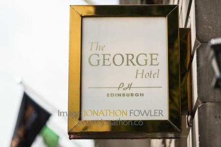 Edinburgh George Hotel Wedding Photos - Claire and Craig-1000